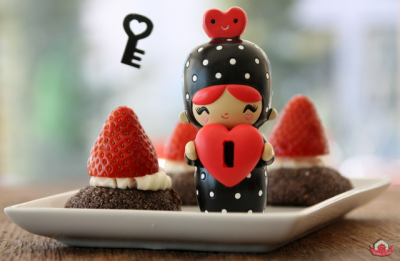 Reçelli ve Çikolatalı Düğme Kurabiye
